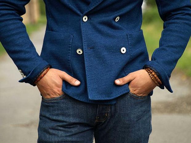 Come abbinare un blazer ad un paio di jeans