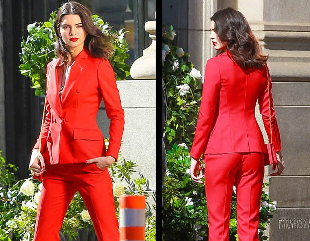 red suit_2