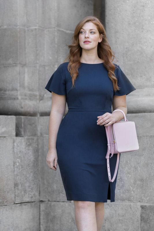 6 Tips for Choosing Suits for Plus Size Women - Sumissura