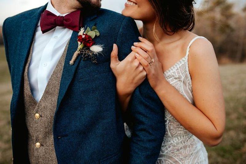Guía de bodas: Cómo elegir el traje de novio adecuado