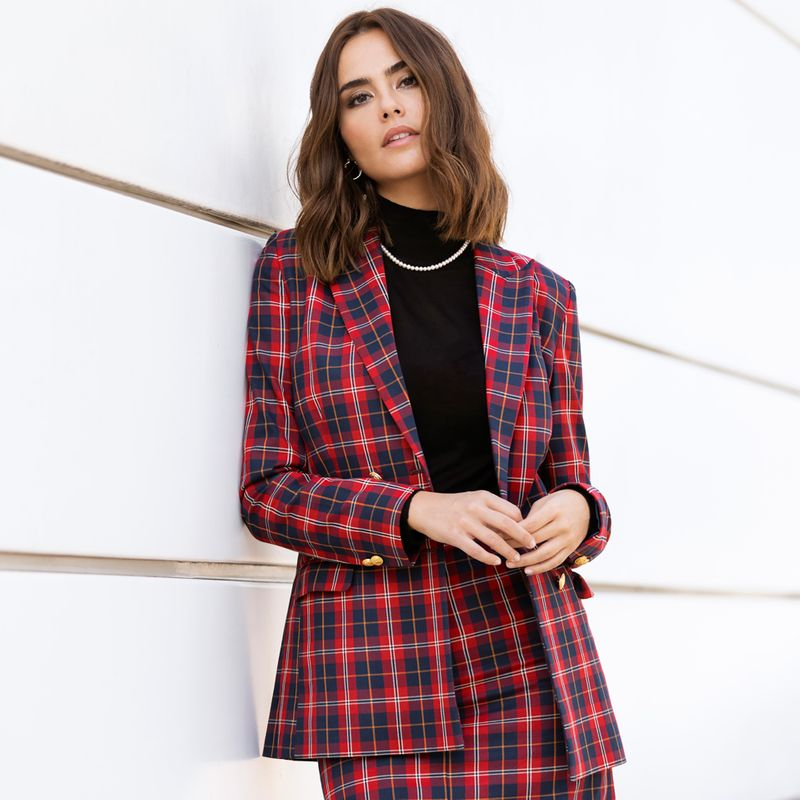 winter wedding guest outfit