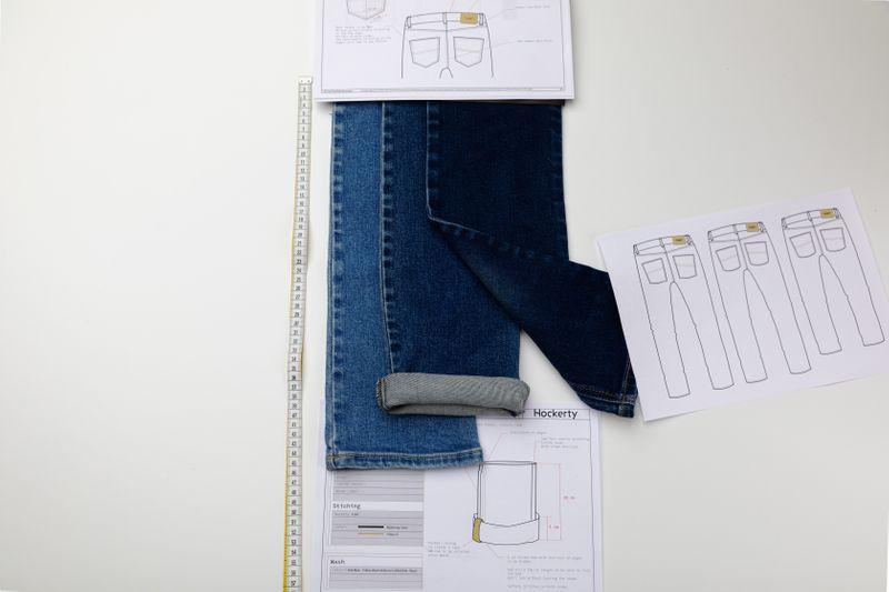Jeans herstellung mit wasser sparen